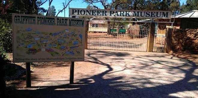 Display_pioneerparkmuseum2